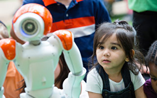 对孩子来说  AI虚拟助理安全吗?