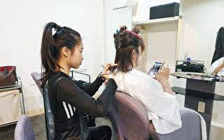 美发不二刀  金牌视障美发师成功创业