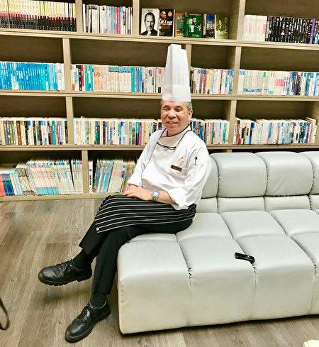 五星级的大地酒店行政主厨李昭明。