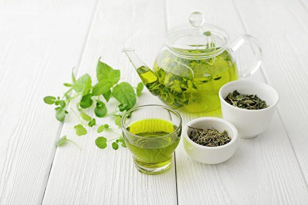研究:绿茶提取物可抗超级细菌