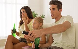 研究:飯後久坐看電視最不健康