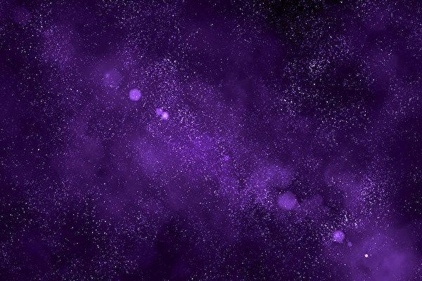 台风让日本天空变粉紫色 网民:末日近了