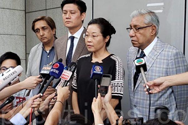谭文豪毛汉等投诉警方滥用水炮车