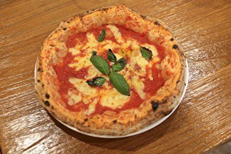 徐靖忠精心制作的玛格莉特披萨。