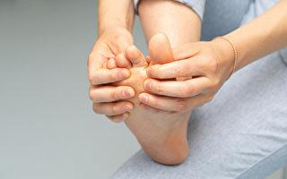 上班族80%有足部疾病 6种足部问题如何选鞋