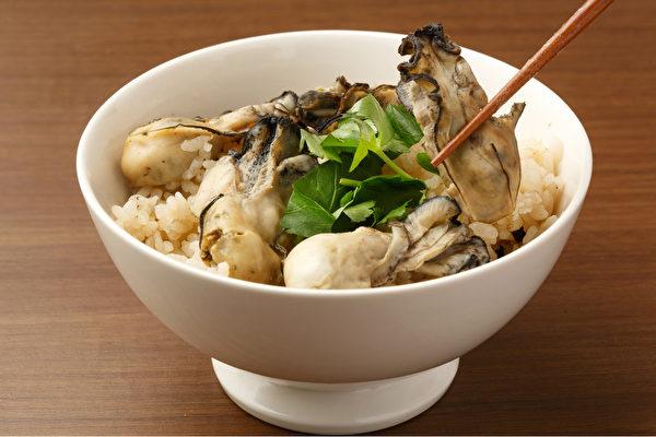 常吃牡蛎,可以促进新的头发生成、帮助头发变黑。(Shutterstock)