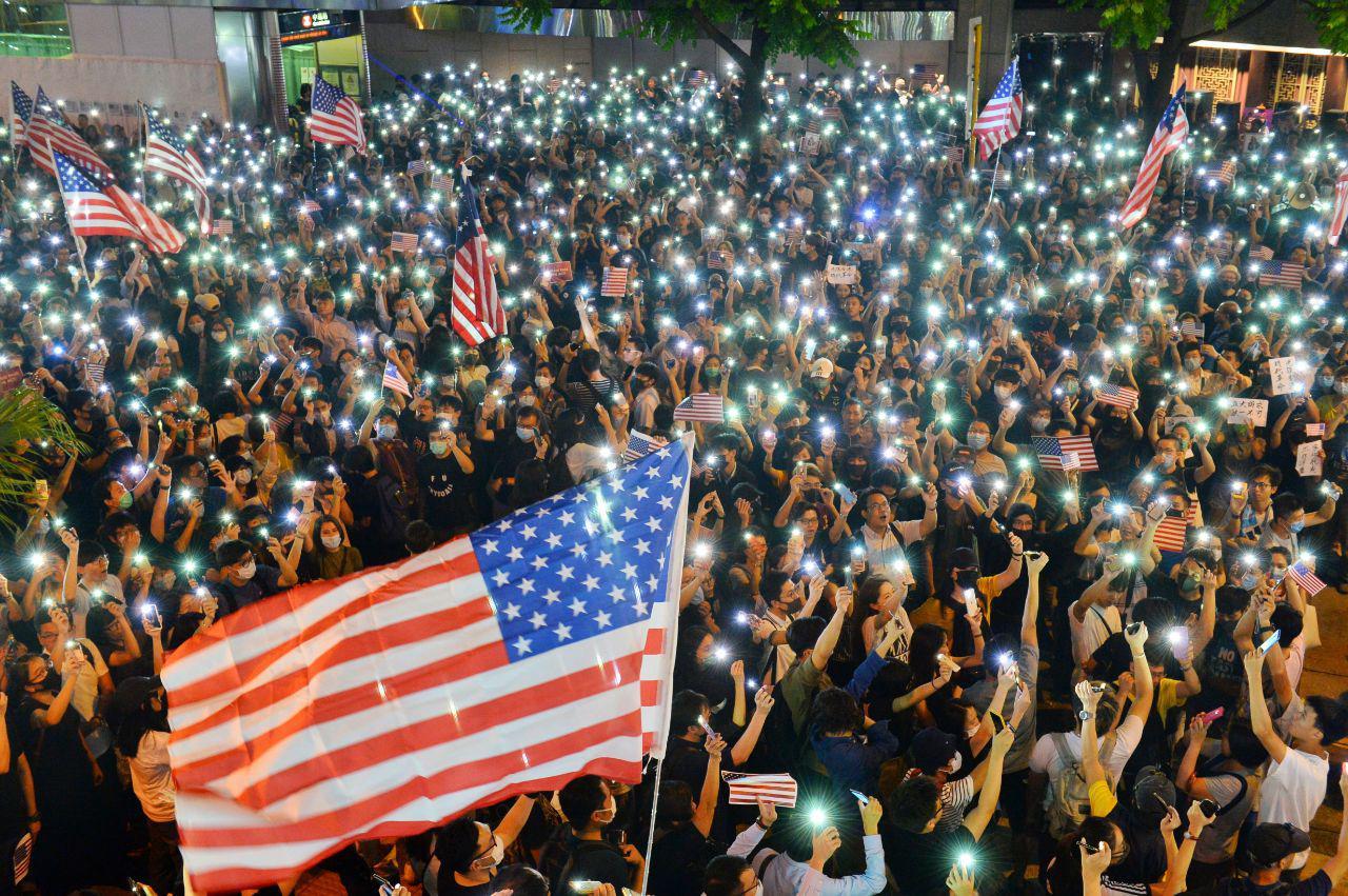 【10.14直播】港人集會聲援美國審議《香港人權與民主法案》