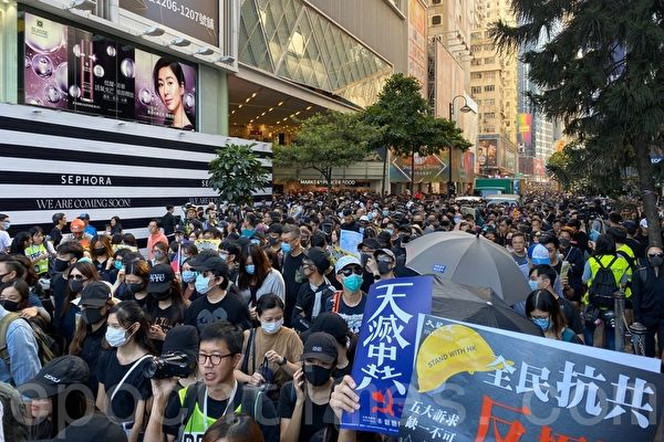 銀髮族:有這些年輕人 是香港人的自豪