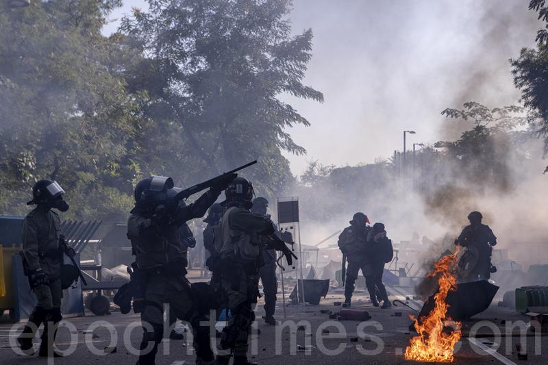 全球學者反暴請願 發起人斥港警如紅衛兵