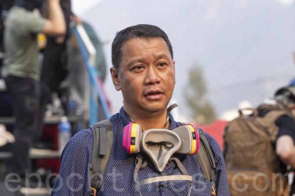 劉細良:警隊與政府有二心 警察須重組