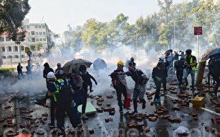 警方追捕市民致人叠人 要求被捕者跪地