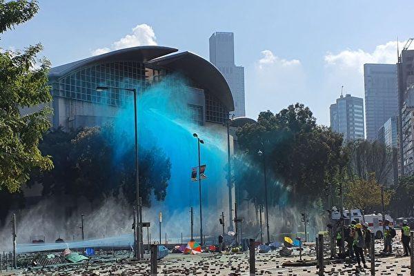 """香港变战场""""战地记者""""频传受伤"""