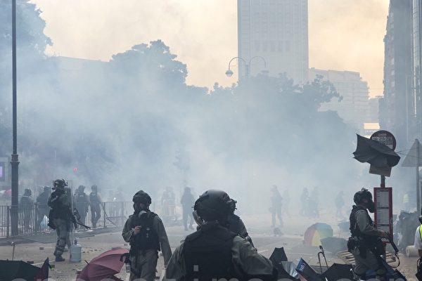 香港医学界谴责港警抓理大义务救援队伍