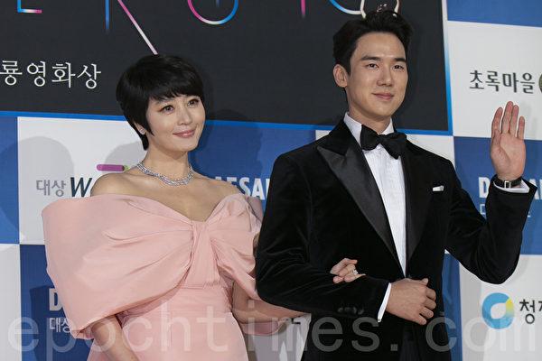 Kim HyeSoo and Yoo YeonSeok