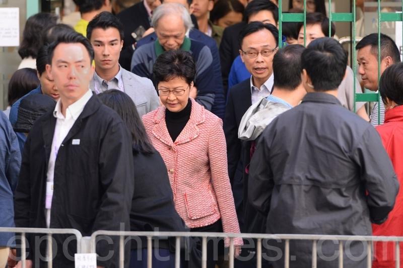 【11.24選舉】林鄭所在投票點一度警力嚴防 選民期待變天