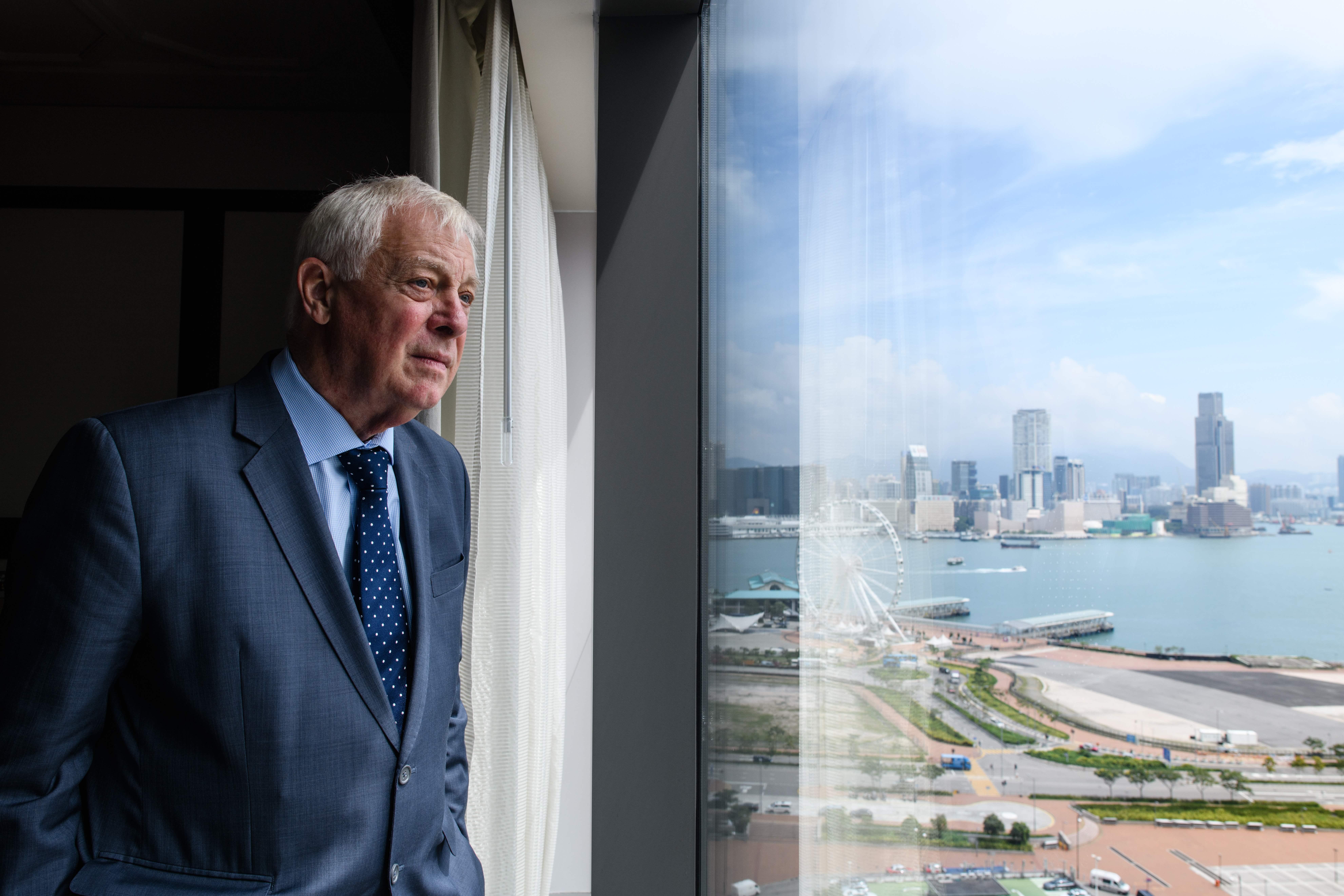 中共計劃推進港版國安法,引發國際關注。英國最後一位香港總督彭定康(Lord Patten)敦促英美兩國聯合抵制中共「侵犯自由」,對北京實施經濟制裁。圖為資料照。(AFP)