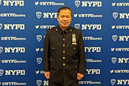 布碌崙康尼岛市警60分局华裔警官李贵(PO Gui Li)。