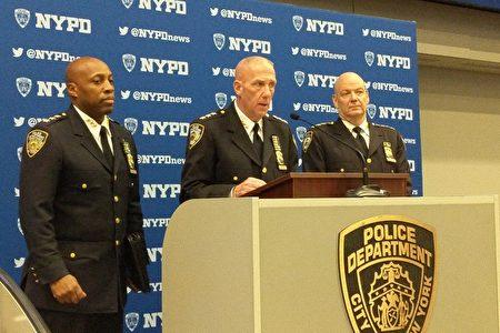 市警反恐處(Counterterrorism Bureau)主管華特斯(James Waters)宣布28日維安措施。