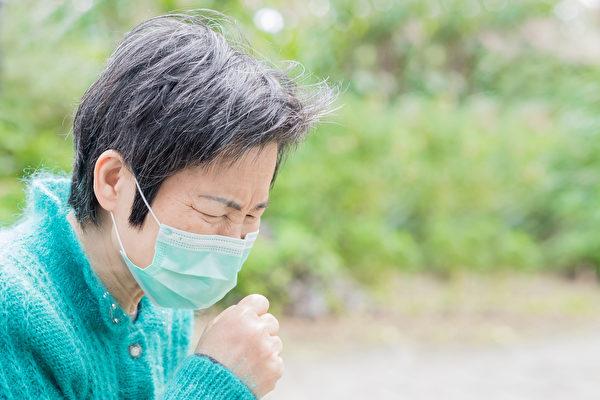 慢性淋巴细胞白血病多发生于老年人,症状有哪些?(Shutterstock)