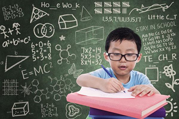 湖北女子教儿子算数学 气到心脏病发作
