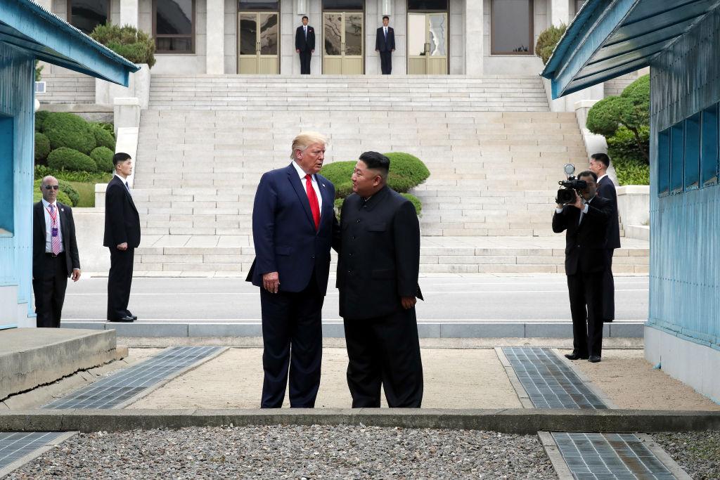 美韓推遲軍演 特朗普發推文促金正恩達成協議