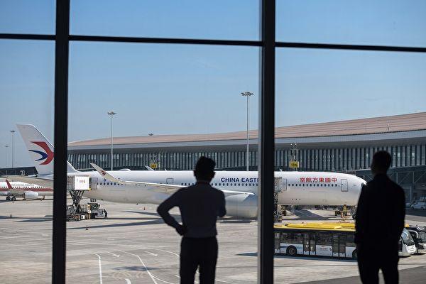 入境中國的國際旅客減少,導致中國航空公司國際航線虧損。(STR/AFP via Getty Images)