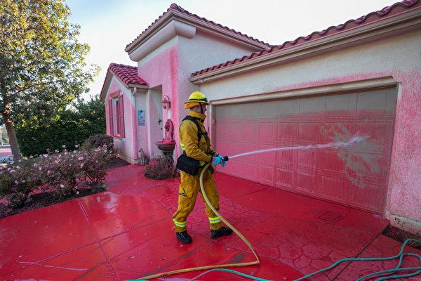加州野火毀民宅 理賠案倍增