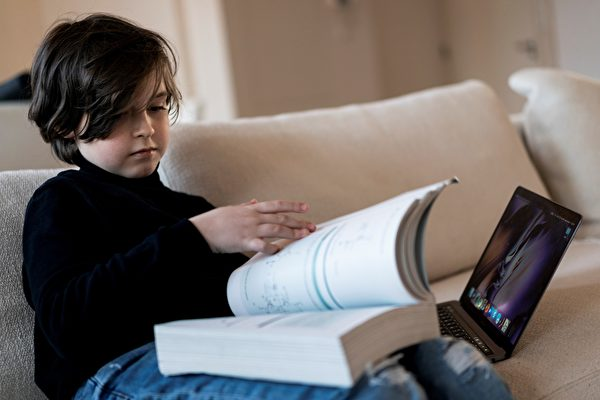 比利时9岁男孩将赴美读博士