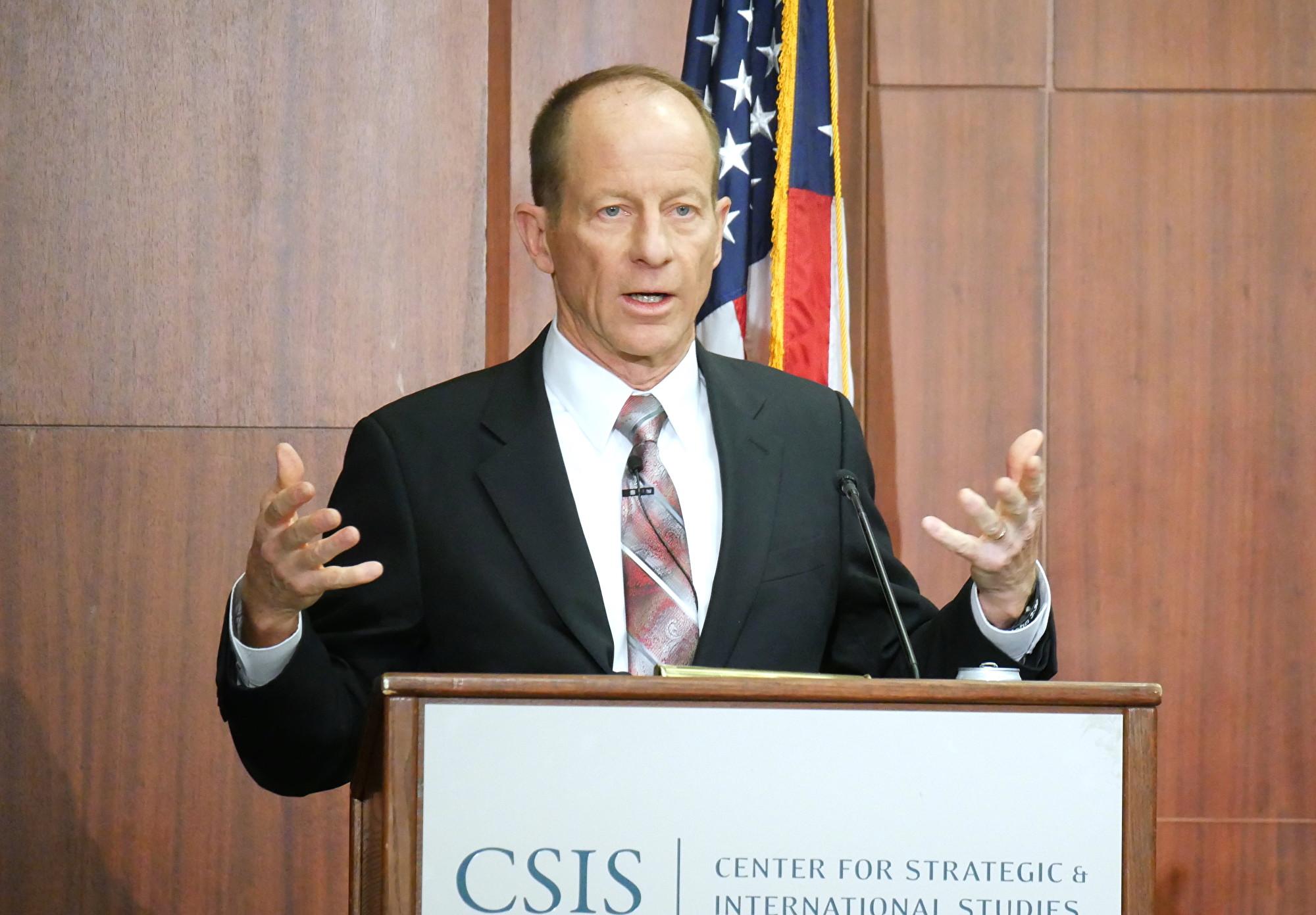 2019 年12月12日,美國國務院亞太助理國務卿史達偉(David Stilwell),在華府智庫「 戰略與國際研究中心(CSIS)」發表演講。(李辰/大紀元)
