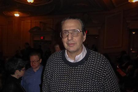 世界著名的中國歷史專家、賓夕凡尼亞大學教授Arthur Waldron(中文名林霨)在費城瑪麗安劇院觀看了神韻演出。他表示:「看到中國文化的偉大。」(良克霖/大紀元)