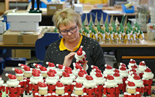 组图:德国童话小村塞芬 圣诞玩具总动员