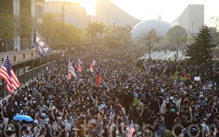 林保华:香港将引领中国风向