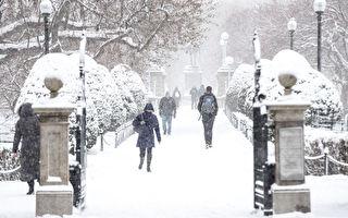 組圖:今年冬季首場暴風雪襲擊美國東北部