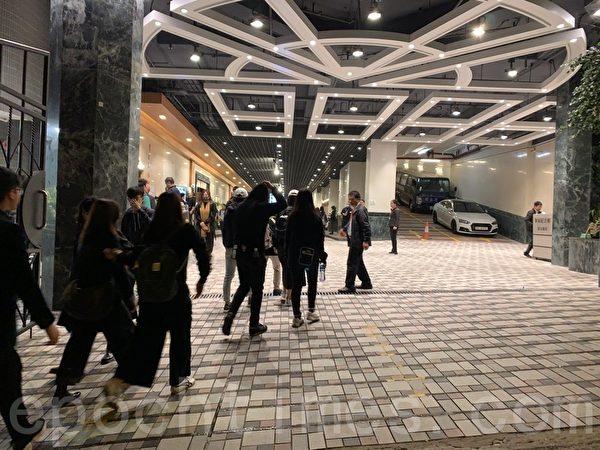 2019年12月12日,香港民眾為科大學生周梓樂舉行悼念會。(韓納/大紀元)