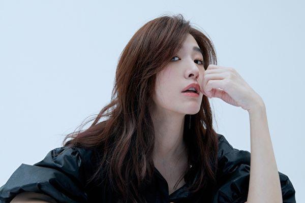 苏慧伦回归乐坛 年末推单曲《为你变成他》