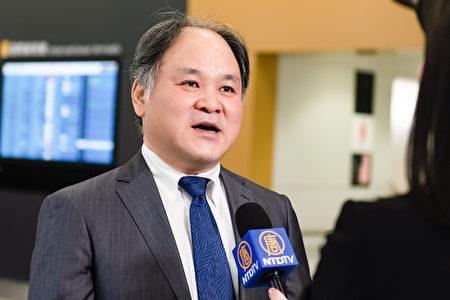2019年12月22日,主辦神韻演出的古典振興會的稻垣謙太郎接受採訪。(牛彬/大紀元)