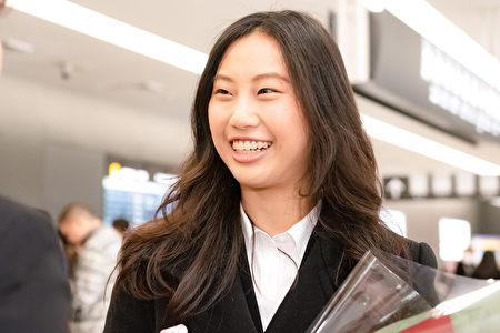 2019年12月22日,大提琴手袁于倩接受採訪。(牛彬/大紀元)