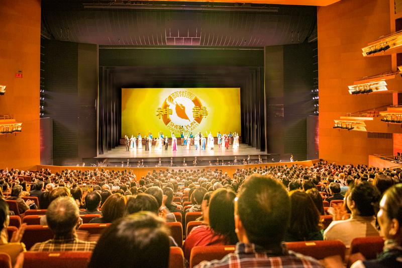 神韻日本首場大爆滿 神傳文化感動名古屋