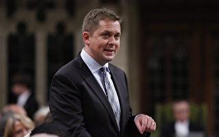 加拿大联邦保守党党领熙尔辞党领职务