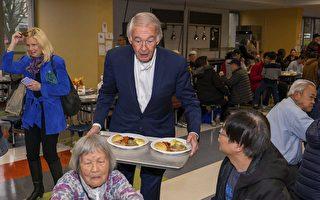 摩頓社區共慶感恩節 「生命麵包」義助
