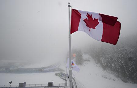 圖為加拿大國旗。(EMMANUEL DUNAND/AFP via Getty Images)