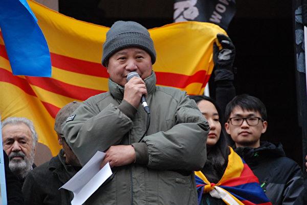 中國民主黨加拿大副主席余厚強表示:人權災難絕不只是發生在遙遠的新疆、香港,可能就發生在加拿大。他呼籲加拿大人清醒過來,認清中共的邪惡。(伊鈴/大紀元)