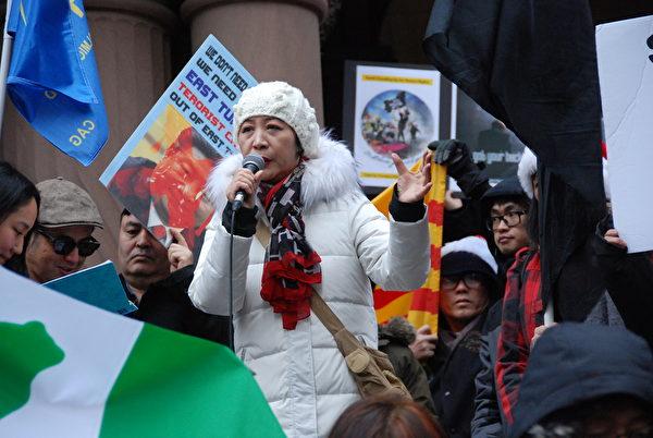 民陣副主席盛雪表示,最重要的是要向加拿大政府和華盛頓呼籲,要認清中共及其對加拿大社會各界的滲透,因為這非常危險。(伊鈴/大紀元)