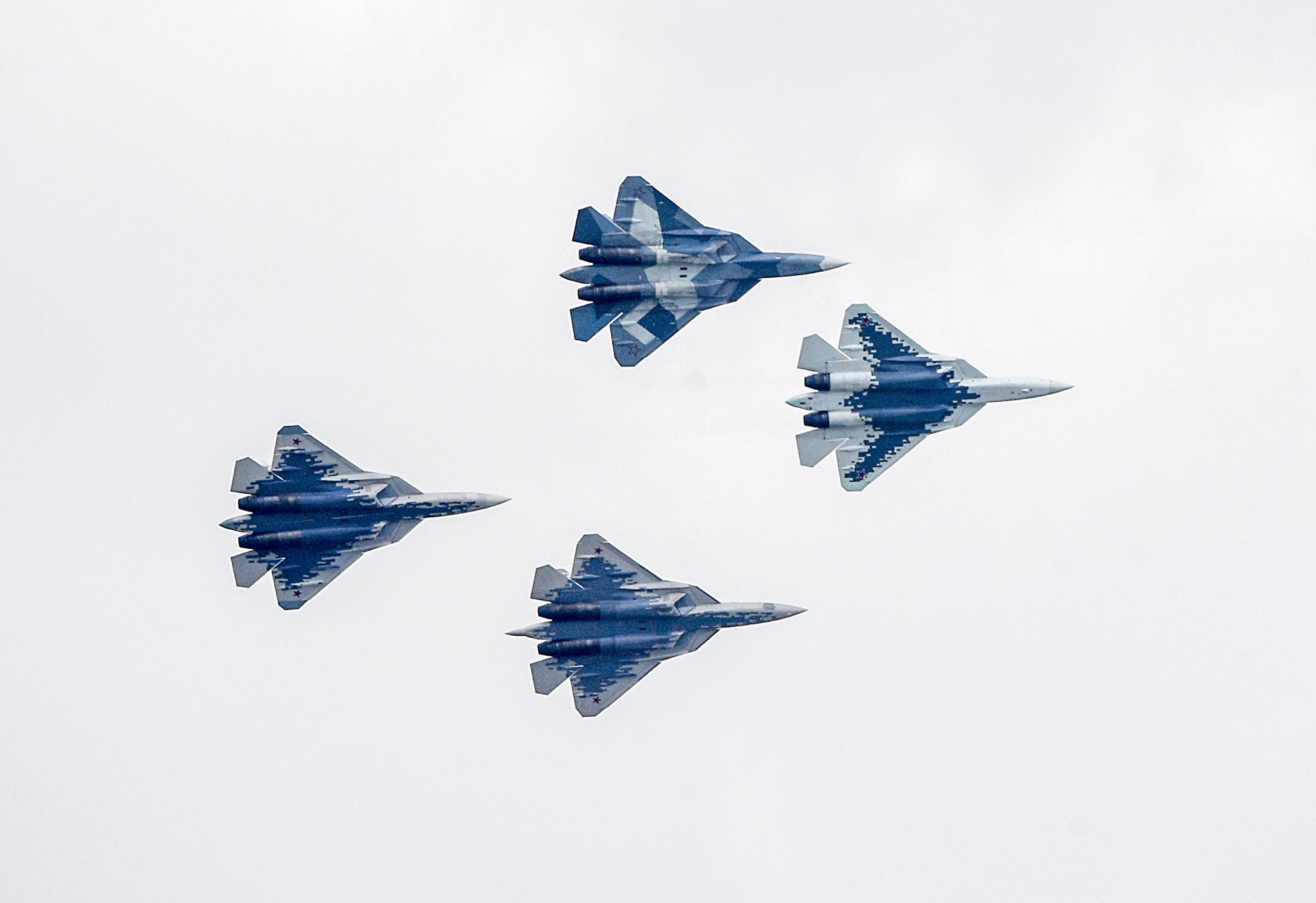 俄第五代戰機Su-57首傳墜毀 飛行員逃生