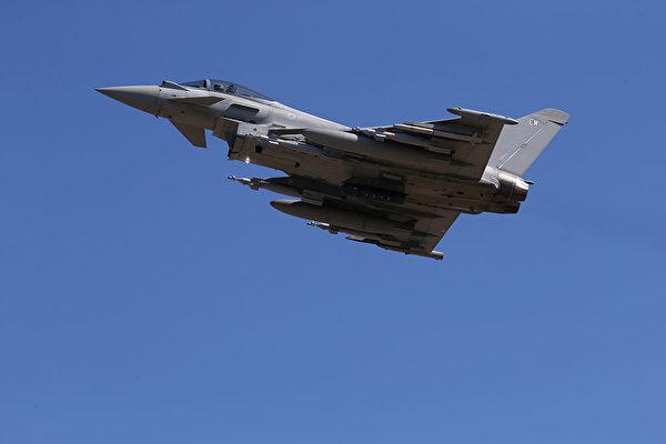 英战机超音速飞行 居民半夜惊醒 房屋摇晃