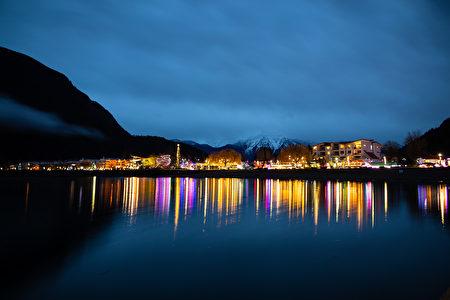 11月23日至2020年1月12日,哈里森温泉美丽的冬季——湖畔灯光节登场。