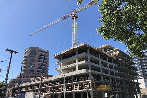 列治文Alfa公寓楼盘房地产开发商楼花合同烂尾楼