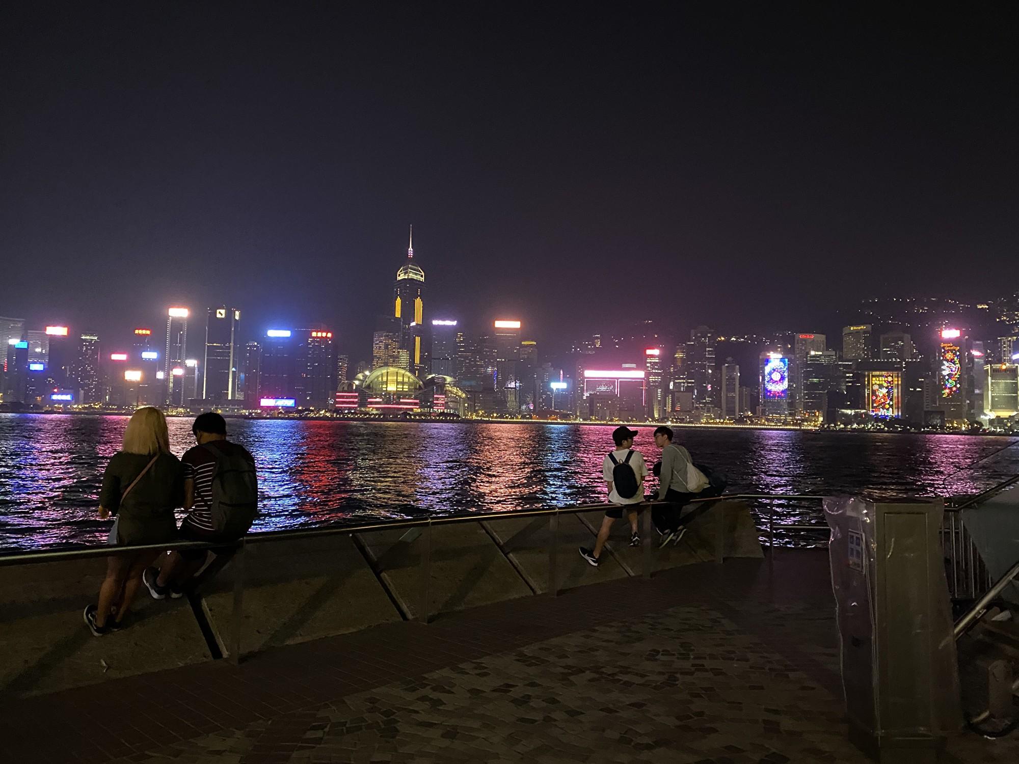 香港海港美麗的夜景。(駱亞/大紀元)