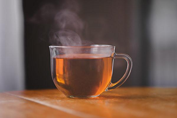 感冒热饮服用不当可能伤肝,甚至引起急性肝衰竭。(Shutterstock)