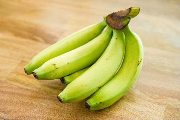 有些食物多吃反而會造成便祕或加重症狀。(Shutterstock)